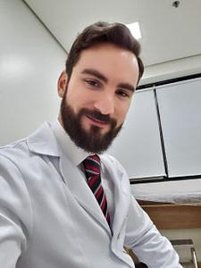 Dr. Daniel Santiago